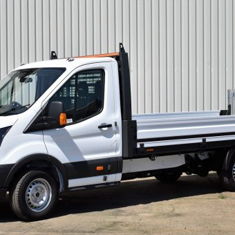 Front Ford OSS Dropside with Tail-lift - VFS Ltd