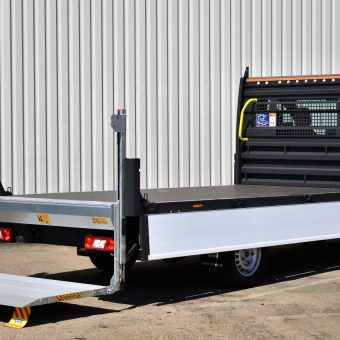 Rear Ford OSS Dropside with Tail-lift 4- VFS Ltd